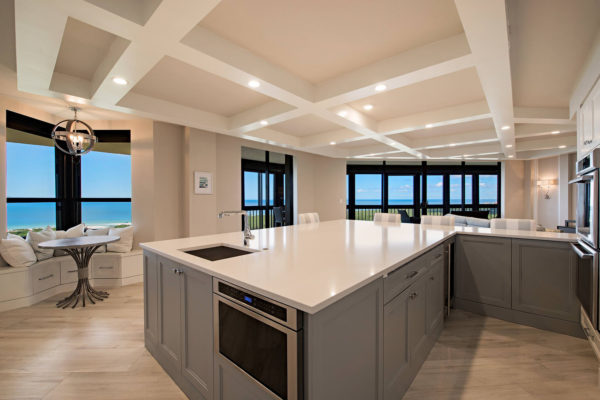 6001-Pelican-Bay-Blvd-1702-large-002-1-Kitchen-1499x1000-72dpi