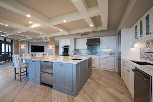 6001-Pelican-Bay-Blvd-1702-large-003-7-Kitchen2-1499x1000-72dpi